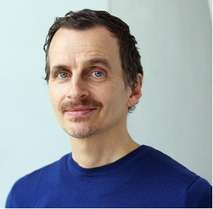 Felix Fast, Yogalehrer